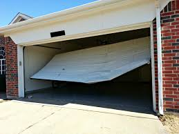 garage door repair (626) 800-3945